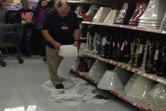 Walmart-Black-Friday-Cleanup