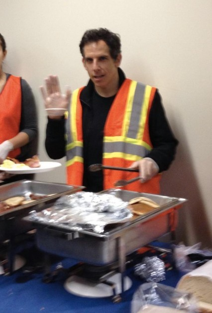 Ben Stiller helps feed Hurricane Sandy victims