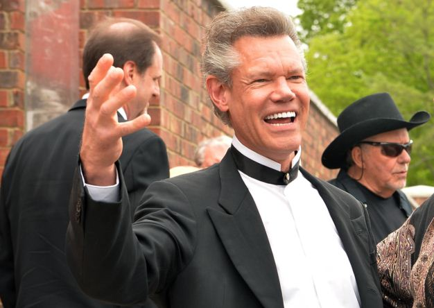 Randy Travis out of Hospital