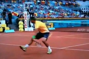 Watch Rafael Nadal's Amazing Between-the-Legs Shot