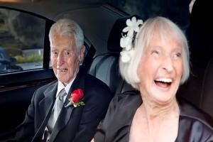 World's Oldest Couple Married After 30-Year Wait