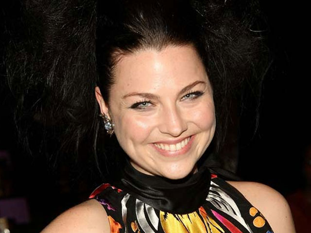 Amy Lee on the New Evanescence Album: It Rocks [VIDEO]