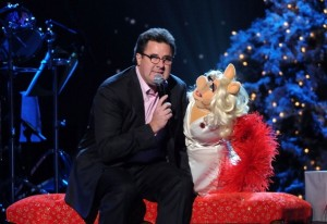 vince gill and miss piggy