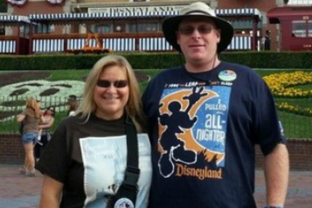 Unemployed Couple Visits Disneyland Every Day for a Year