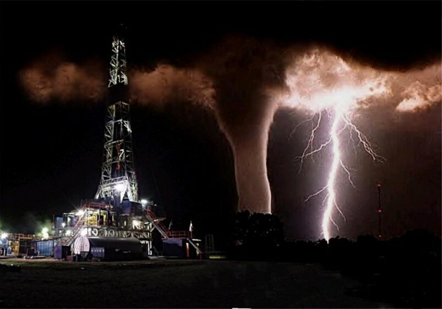 fake lightning tornado picture in west texas