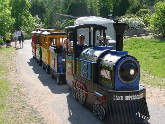 lake superior zoo train