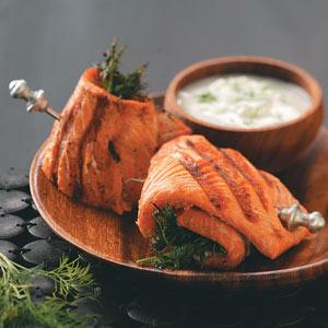 Taste of Home's salmon spirals with cucumber sauce recipe