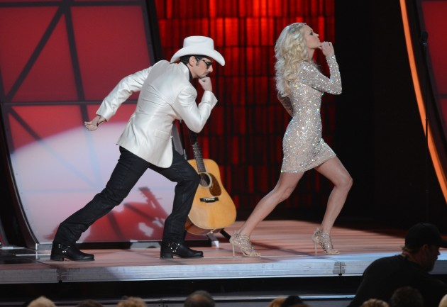 Brad Paisley and Carrie Underwood CMA Award Show