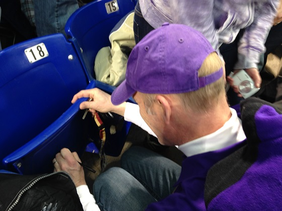 Metrodome chair signing