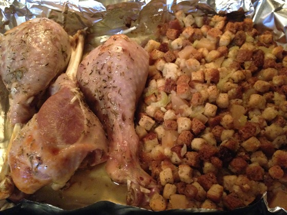 turkey drumsticks with apple stuffing