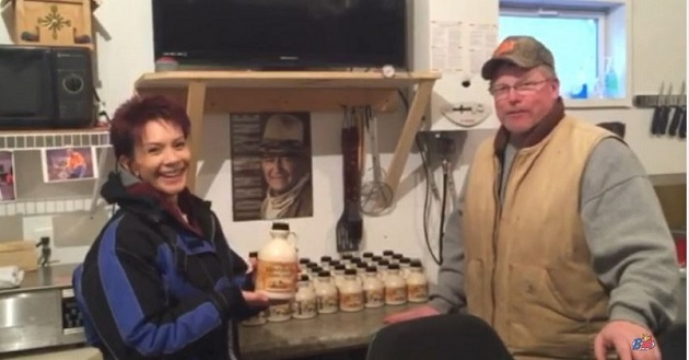 cathy kates and kevin koen maple syrup boil 2