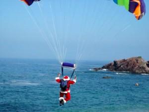 Parachuting Santa - jurvetson - Flikr