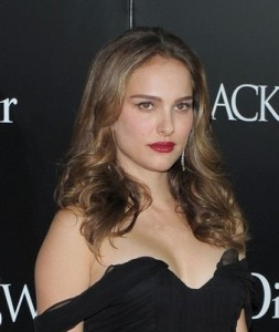 Who helped Natalie Portman choreograph her pregnancy?