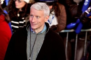 CNN journalist Anderson Cooper is beaten on the streets of Cairo!