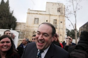 Mike Huckabee shares his heart with a Holland congregation on Sunday