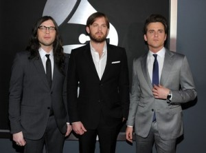 Kings of Leon get an apology for bad press from GLEE 
