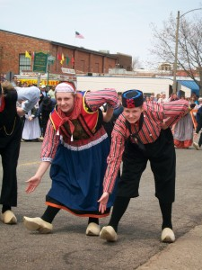 Beautiful weather launches Tulip Time 2011 in Holland! 