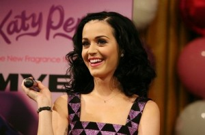 Katy Perry and other celebs tweet about death of Bin Laden!
