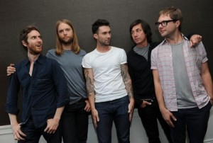 Maroon 5 has manners of cavemen!