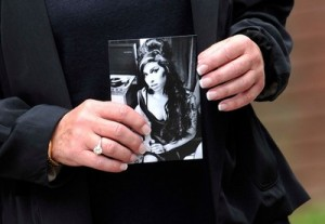 Amy Winehouse Foundation is on hold!