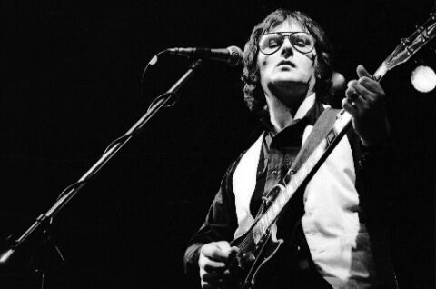Gerry Rafferty Dies At Age 63