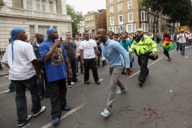 Crowds Flock To Notting Hill For 2011 Carnival