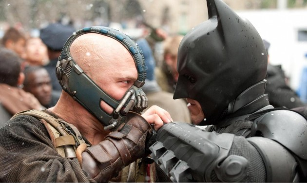 Batman & Bane in The Dark Knight Rises