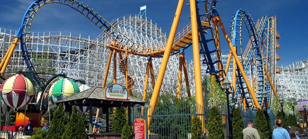 Roller Coaster SixFlags, Jackson Twp Web