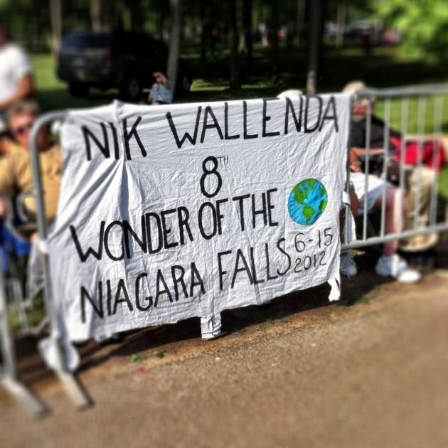 Nik Wallenda high-wire tightrope walk Niagara Falls