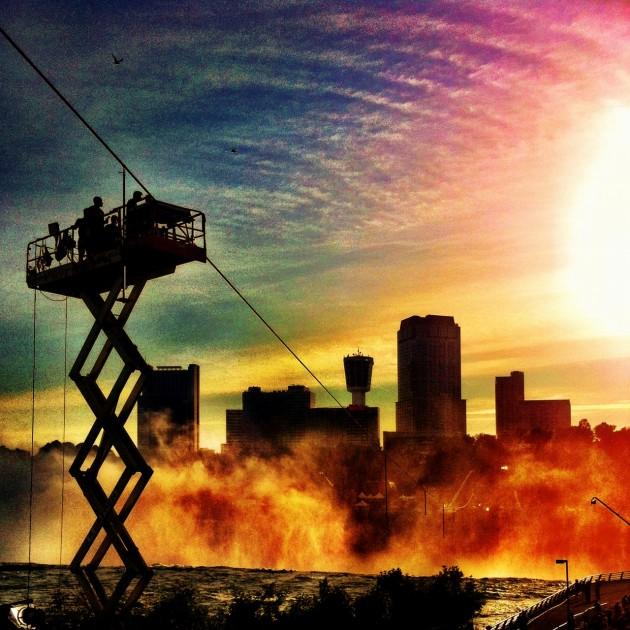 Nik Wallenda high-wire tightrope Niagara Falls