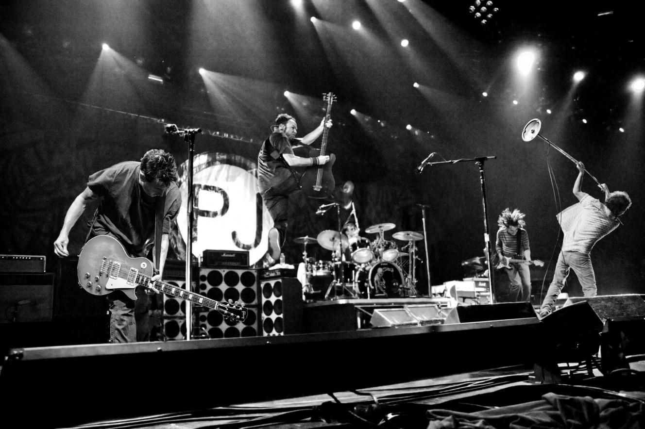Pearl Jam Announces Fall 2013 North American Tour Dates - Go