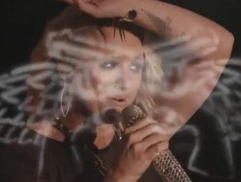 Miranda Lambert's Uses a lot of Her Country Fest ...