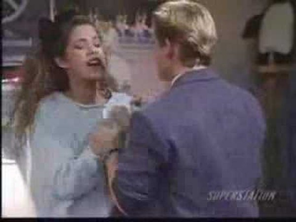 26 Years Ago Jessie Spano was 'So Excited' and 'So Scared'