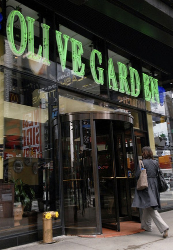 You Can Party At Olive Garden For Nye For 400