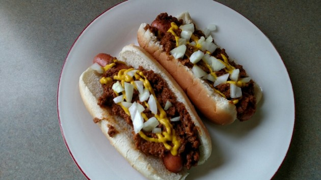 Curtis Simple And Delicious Chili Dog Recipe Featuring
