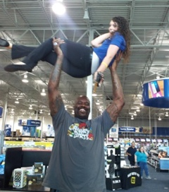 Shaq was at best buy in lafayette for Shaquille o neal home