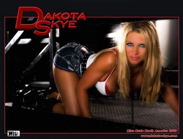 Halloween Costume Contest Monday Night With Dakota Skye At