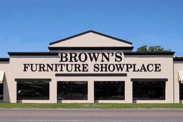 Brown s furniture showplace for Affordable furniture lafayette la